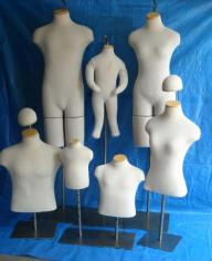 MANNEQUINS/SHIRT FORMS