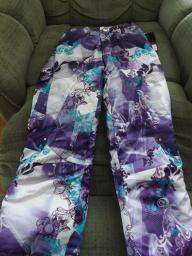 Girl's - Zero Exposure Snow Pants - New With Tags - Size 7/8