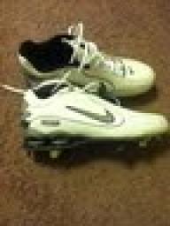 Men's Nike baseball cleats