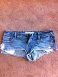Hollister shorts - Junior size 9