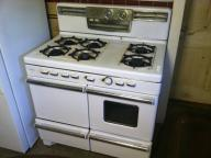 Antique Caloric Gas Stove ~ *LP*