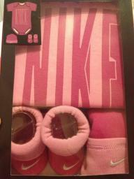 NIKE Baby Girl Newborn 3 Piece PINK Infant Outfit Set 0-6 months