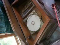 Antique cabinet radio. Unsure of year.
