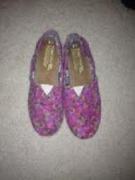 Purple floral Toms
