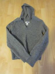 Old Navy Gray Hooded Sweater - Medium