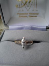 Diamond Ring, Marquis shaped, 14 kt gold