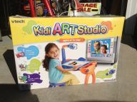 Kid digital art studio