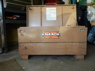 KNAACK TOOL BOX/ GANG BOX