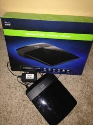 Linksys E1200 Wireless Router - Like new w/Box