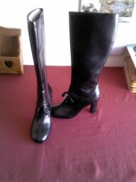 Womans Leather Boots
