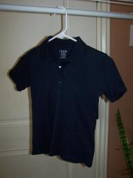 Girls IZOD short sleeve shirt. Navy blue. Uniform quality. Size S