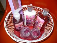 Verry Berry Gift Basket