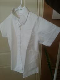 White girls short sleeve shirt size 8 reg