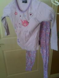 Girls shirt and pants set size M 7-8