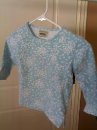 Girls blue short sleeve foral shirt size 3