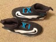 Boys toddler shoes size 9