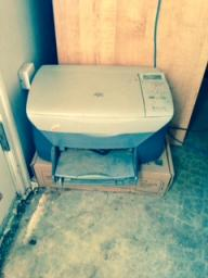 hewlett printer, copier, scanner just needs ink.