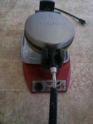 Waring Professional Waffle Iron 2011