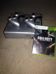 Xbox 360 (w/ COD Black Ops)