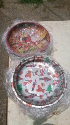 tin Christmas plates