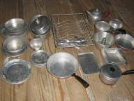 Child's aluminum toy cookware