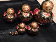 Nesting Petroshka Dolls (set of 8)
