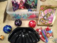 Bakugan play set (with storage box)