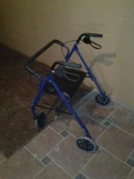 walker/ seat