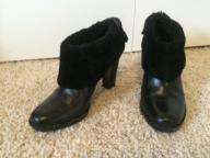 Calvin Klein  black ankel boot with fur