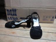 Black Velvet Highlights Heels
