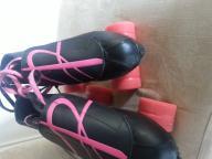 Womens/Girls Riedell Roller Skates Size 5.