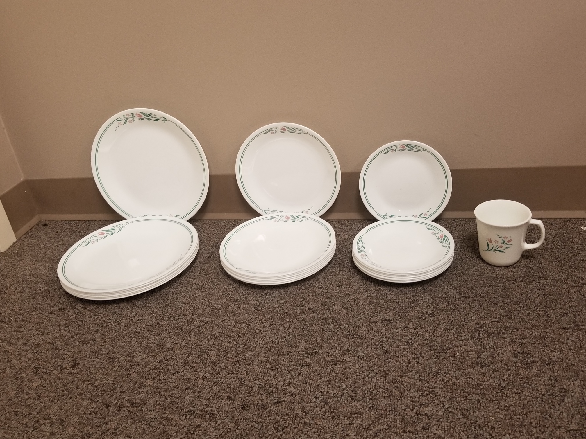 Corelle Spring Pattern Dishes - Set of 8
